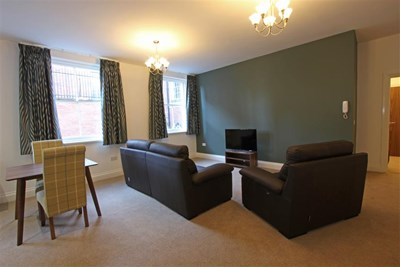 25 Castle Street - 1 Bedroom Apartment sleeps 2